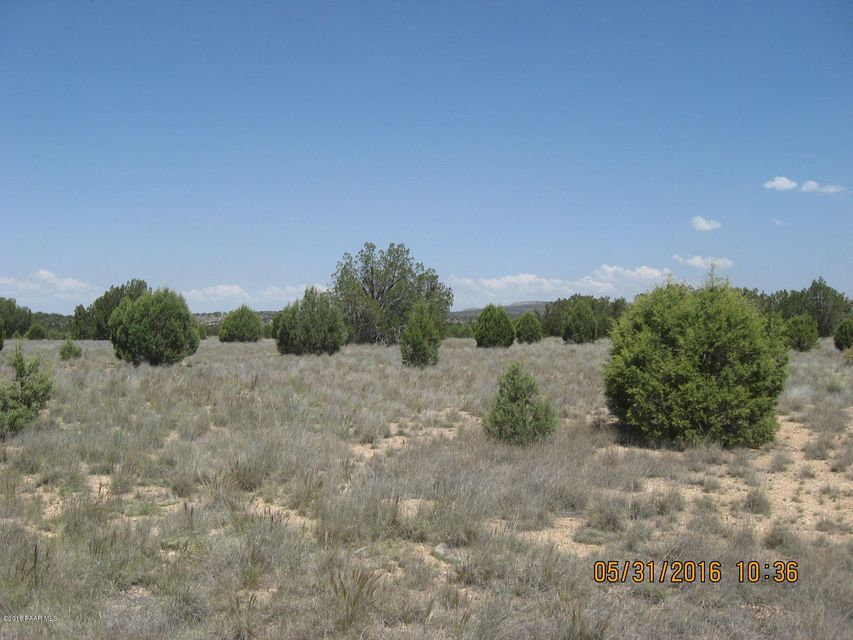 MLS 995621 0 North Upper Verde Trail Building 0, Paulden, AZ Equestrian Newly Built