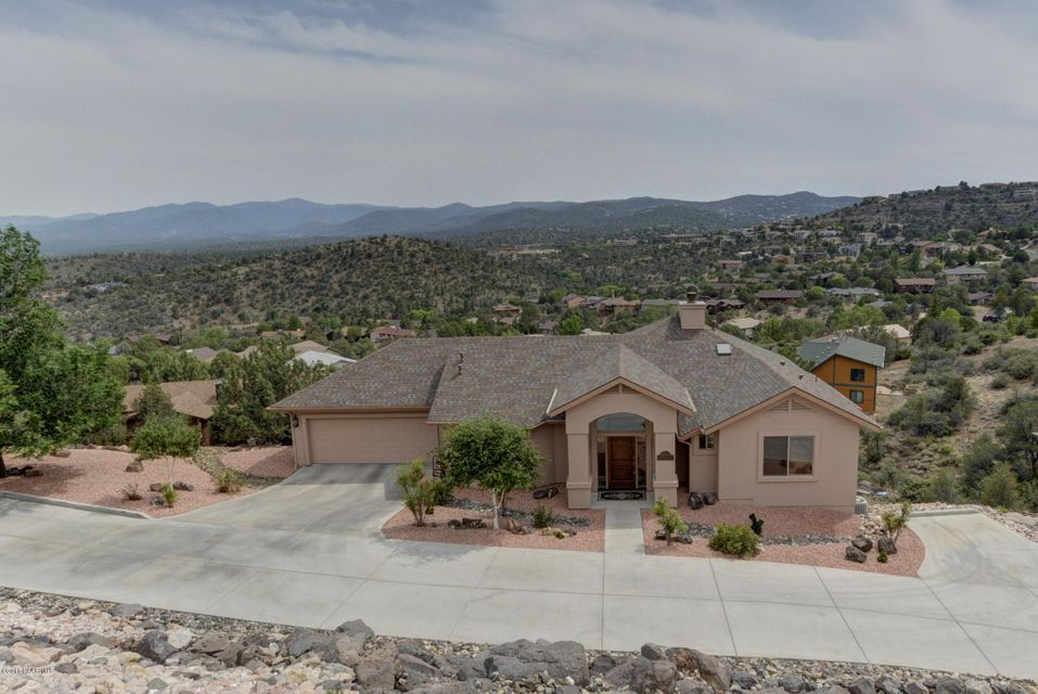 MLS 996008 4600 Hornet Drive Building 4600, Prescott, AZ Prescott AZ Yavapai Hills