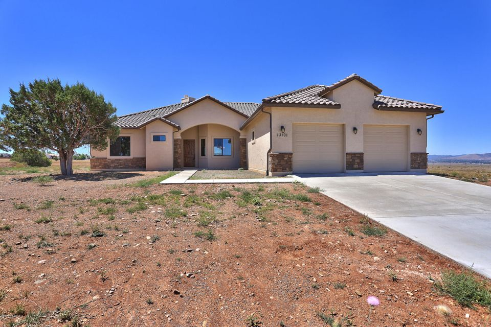 MLS 996213 13101 Rifle Way Building 13101, Prescott Valley, AZ Prescott Valley AZ Scenic