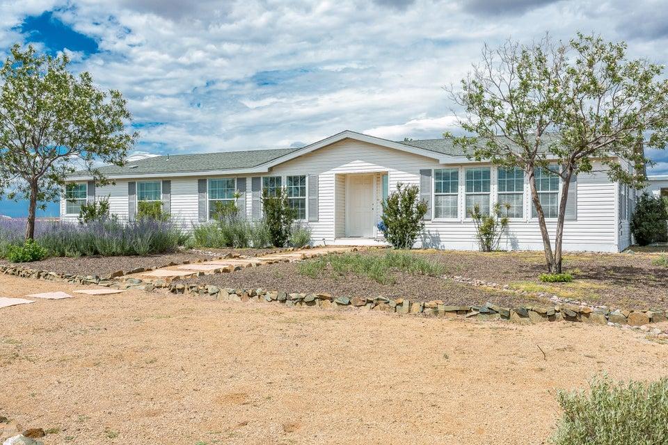 MLS 996563 9350 Slash Arrow Drive Building 9350, Prescott Valley, AZ Prescott Valley AZ Equestrian