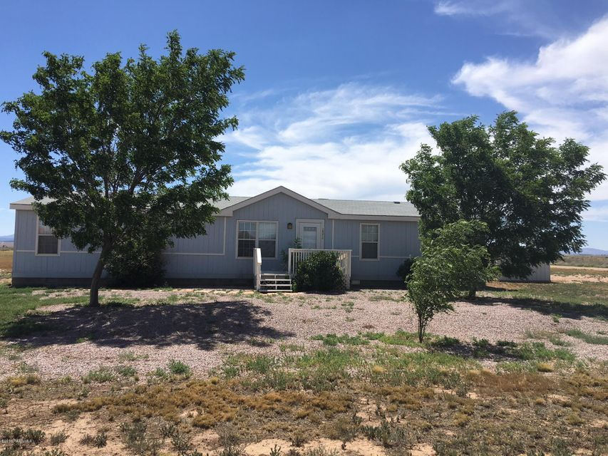 MLS 996623 26950 Kitty Hawk Lane Building 26950, Paulden, AZ Paulden AZ Affordable
