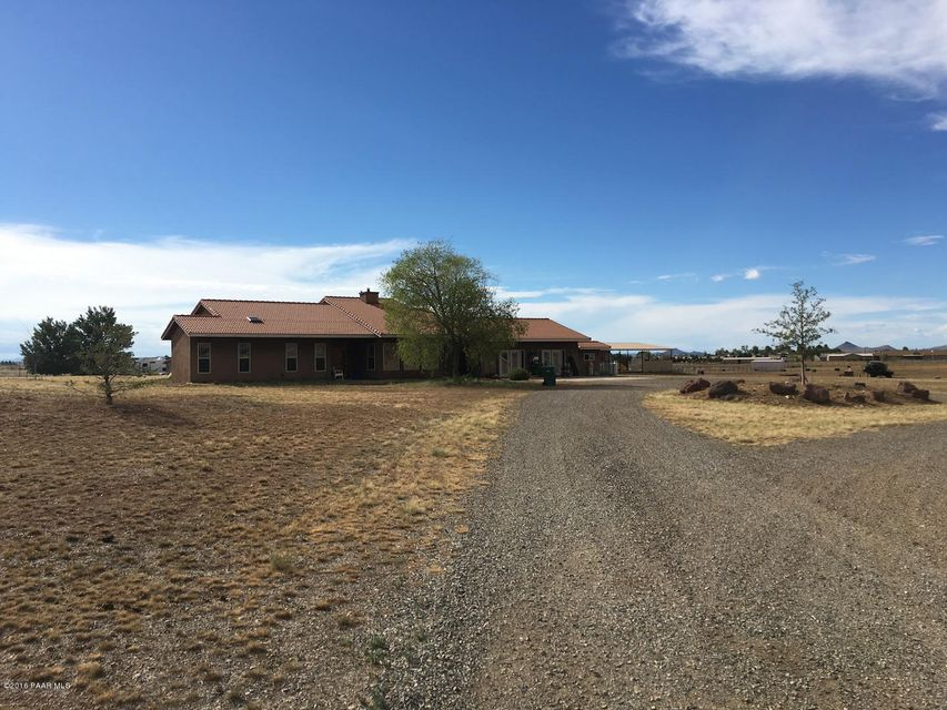 MLS 996699 8450 Morning Star Ranch Road Building 8450, Prescott Valley, AZ Prescott Valley AZ Equestrian