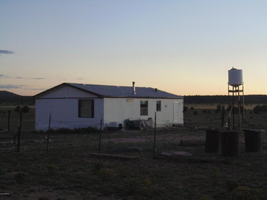 057-058 Cross Mountain Ranches, Seligman, AZ 86337