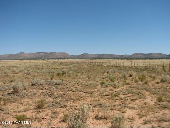2855 Saber Lane Paulden, AZ 86334 - MLS #: 997926