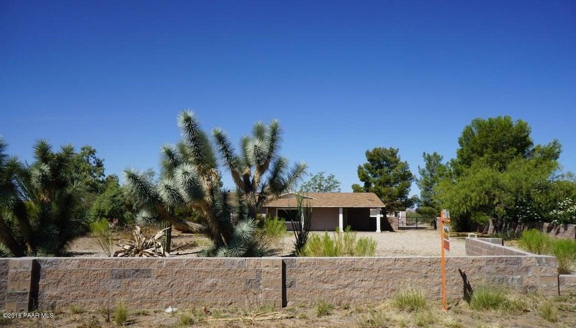 MLS 998145 24000 Coleman Drive Building 24000, Congress, AZ Ranch Affordable