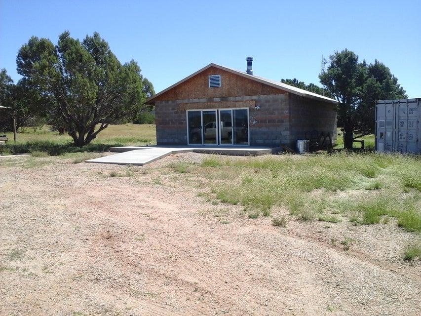 47683 N Deadwood Road, Seligman, AZ 86337