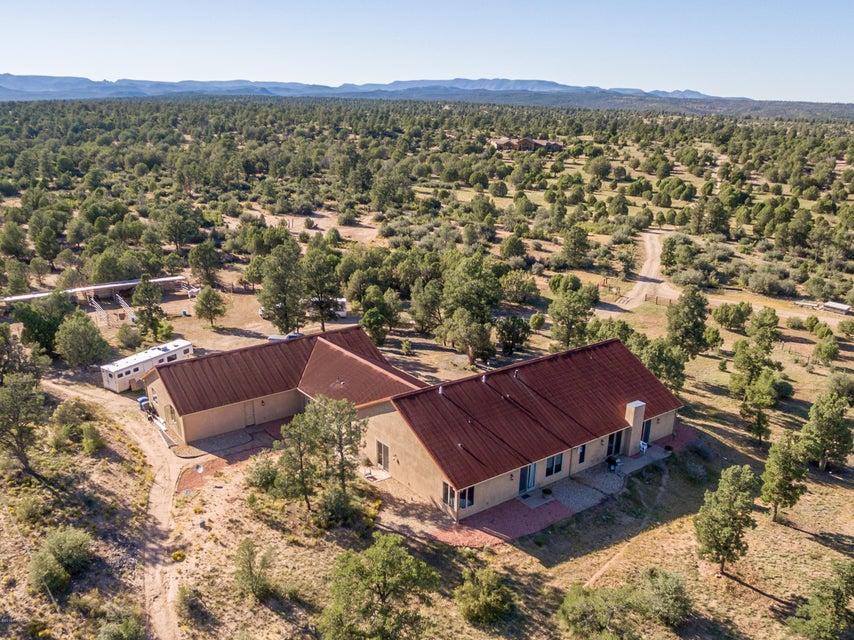MLS 999022 13335 Simmons Way Building 13335, Prescott, AZ Prescott AZ Equestrian