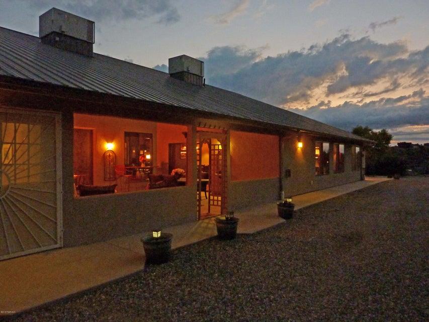 MLS 999543 6300 Nugget Patch Trail Building 6300, Prescott, AZ Prescott AZ Equestrian