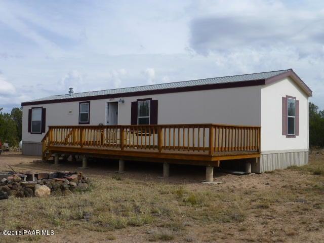 38625 W Muddy Creek Trail, Seligman, AZ 86337