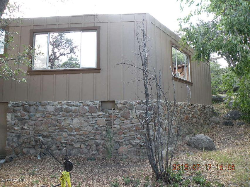 22606 Stone,Yarnell,Arizona,85362,Site built single family,Stone,999891