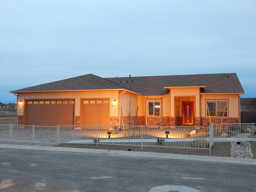 6227 Exton,Prescott Valley,Arizona,86314,3 Bedrooms Bedrooms,1 BathroomBathrooms,Site built single family,Exton,999905