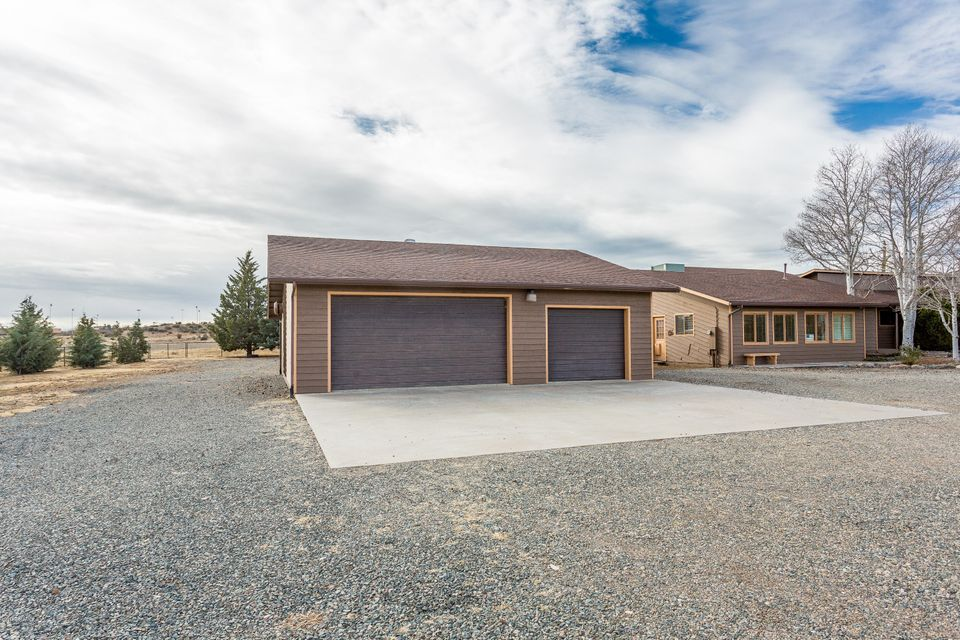 12027 Turquoise,Dewey-Humboldt,Arizona,86327,5 Bedrooms Bedrooms,4 BathroomsBathrooms,Site built single family,Turquoise,999928
