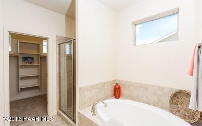 2650 Capella Drive Building 2650 Photo 8