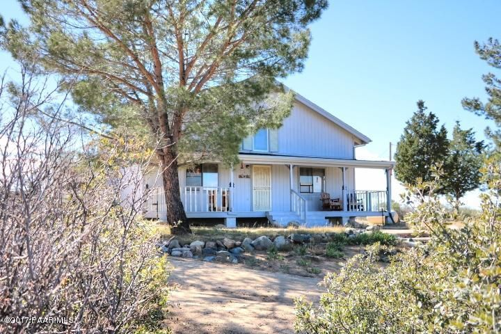 9380 S Donald Trail, Wilhoit, AZ 86332