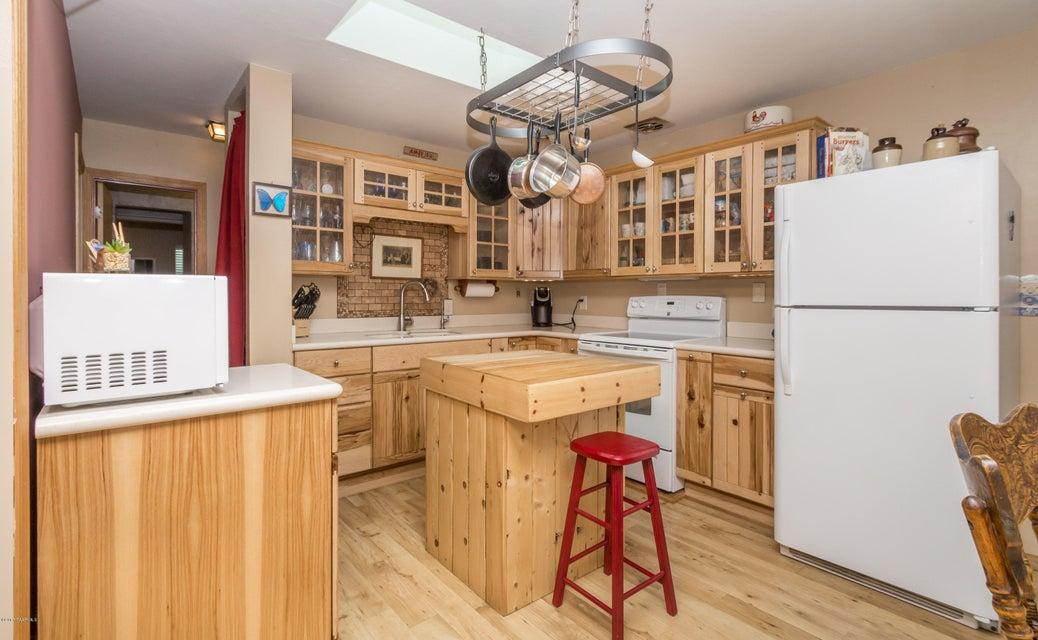 1713 Thumb Butte,Prescott,Arizona,86305,2 Bedrooms Bedrooms,1 BathroomBathrooms,Site built single family,Thumb Butte,1002007