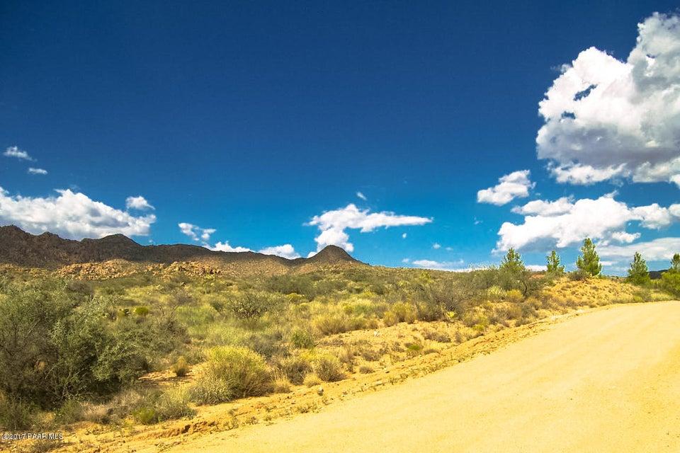 16210 W Rolling Hills Way, Kirkland, AZ 86332