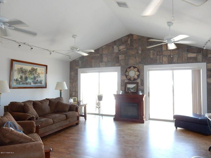 19670 E Juniper Drive, Mayer, AZ 86333