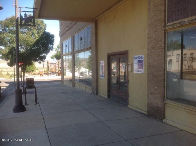 901 Main,Clarkdale,Arizona,86324,Other,Main,1004150