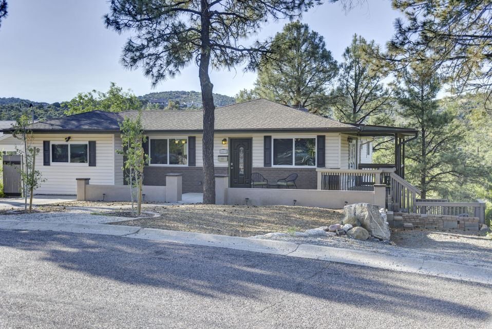 449 Canyon Springs,Prescott,Arizona,86303,5 Bedrooms Bedrooms,2 BathroomsBathrooms,Site built single family,Canyon Springs,1004166