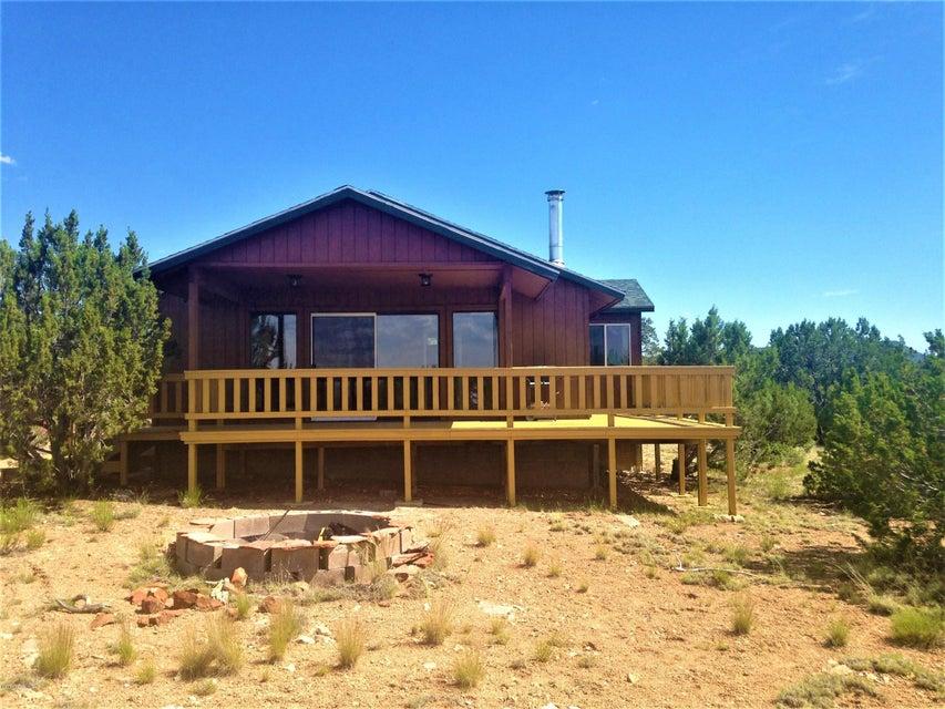 33452 W Mesa Lane, Seligman, AZ 86337
