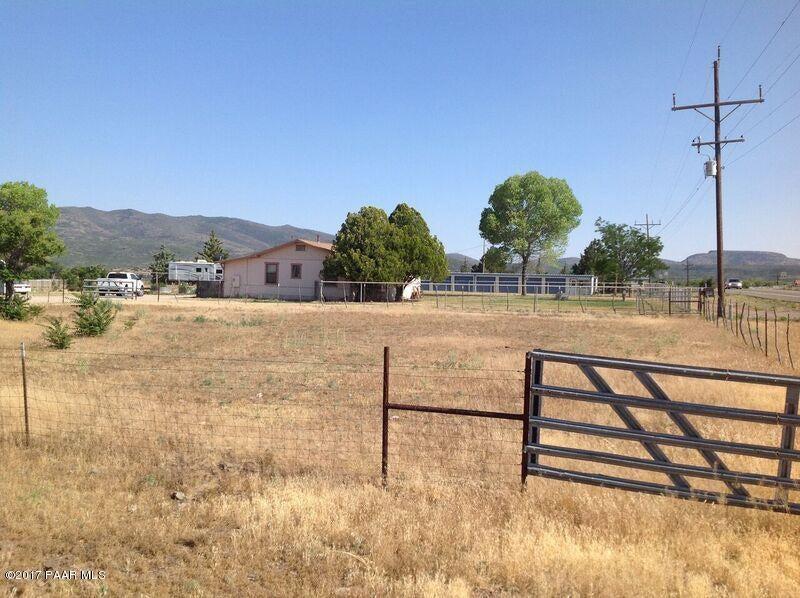 18275 Highway 89,Peeples Valley,Arizona,86332,63 BathroomsBathrooms,Other,Highway 89,1004538