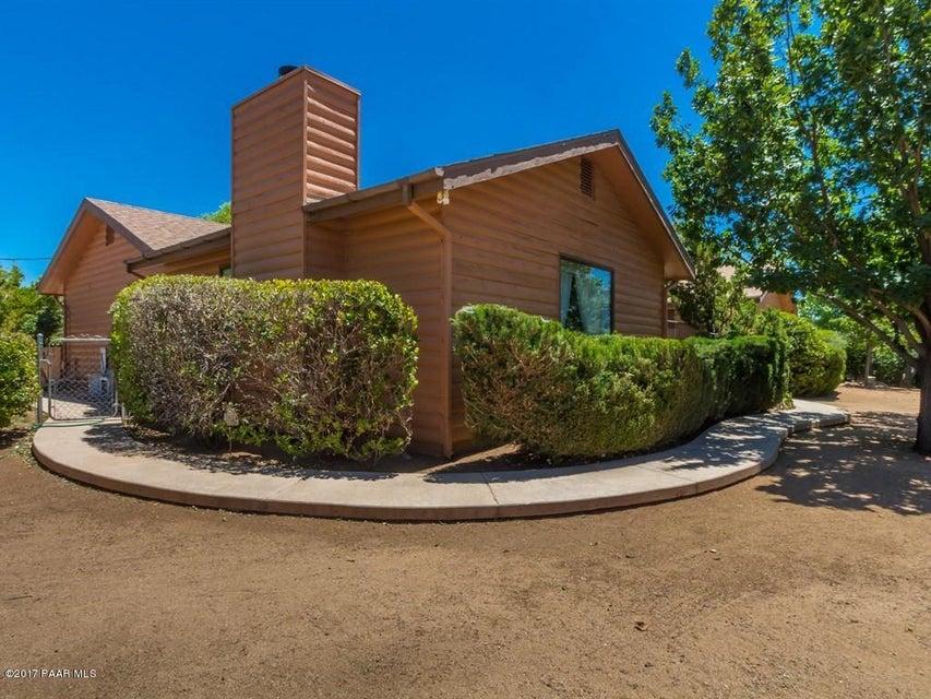 7345 W Clare Island Drive, Kirkland, AZ 86332