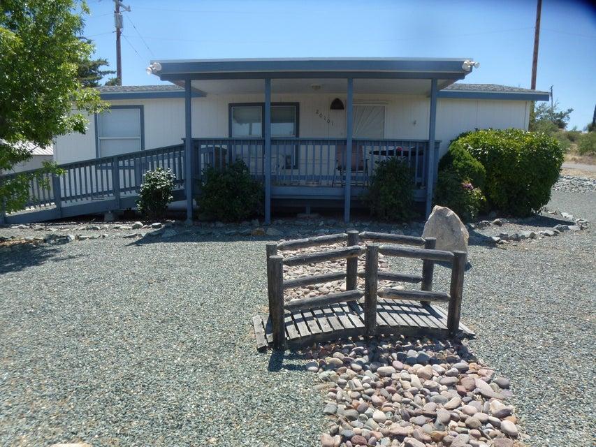20101 E Mesa Verde Road, Mayer, AZ 86333