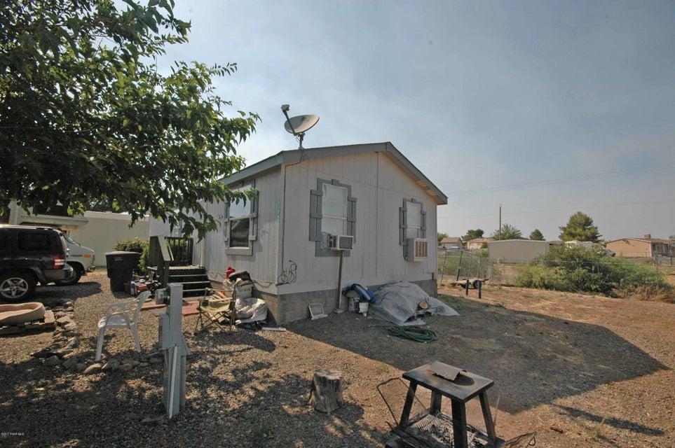 17068 E Lakeview Drive, Mayer, AZ 86333