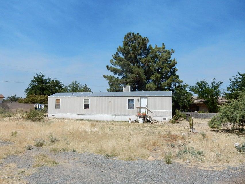 20816 E Mesa Verde Road, Mayer, AZ 86333