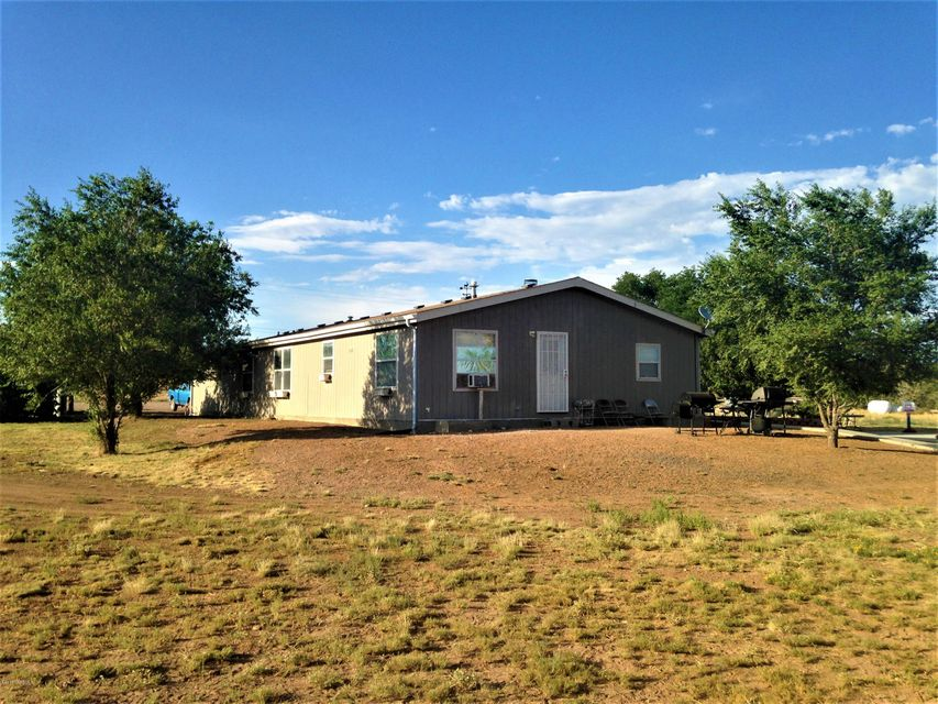777 Faith Way, Ash Fork, AZ 86320