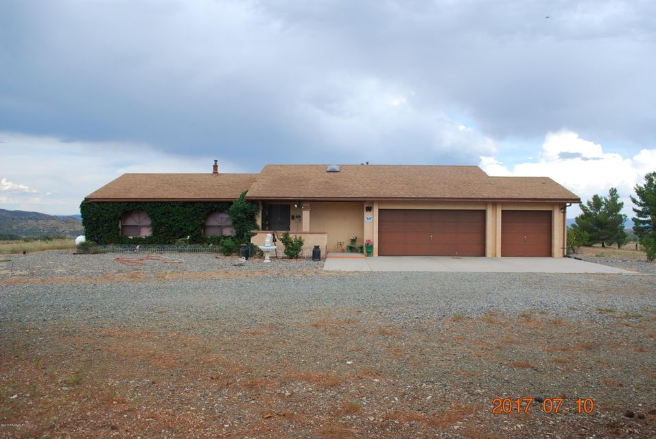 13485 E Soleil Down Road, Mayer, AZ 86333