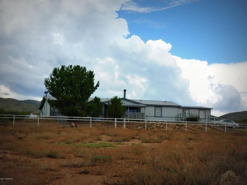 17650 E Feldon Ridge Road, Dewey-Humboldt, AZ 86327