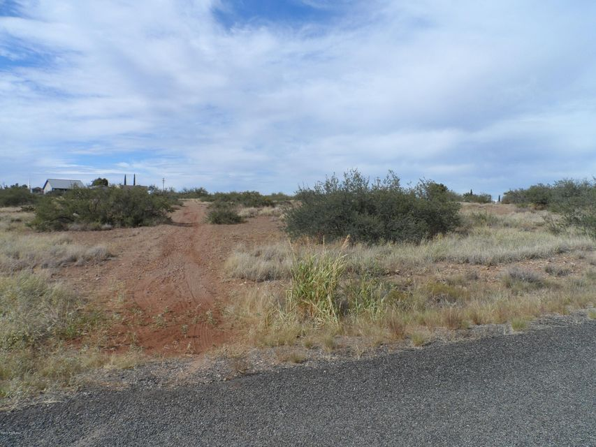20287 E Stagecoach (1.45 Ac. Comm/Res) Trail Cordes Lakes, AZ 86333 - MLS #: 1007101