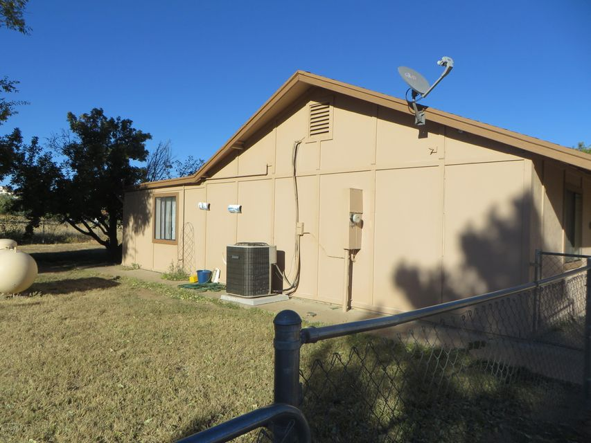 16656 W Unknown Mexican Avenue Peeples Valley, AZ 86332 - MLS #: 1007128