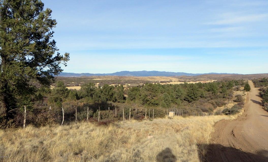 000 Blue Sky Drive Peeples Valley, AZ 86332 - MLS #: 1010239