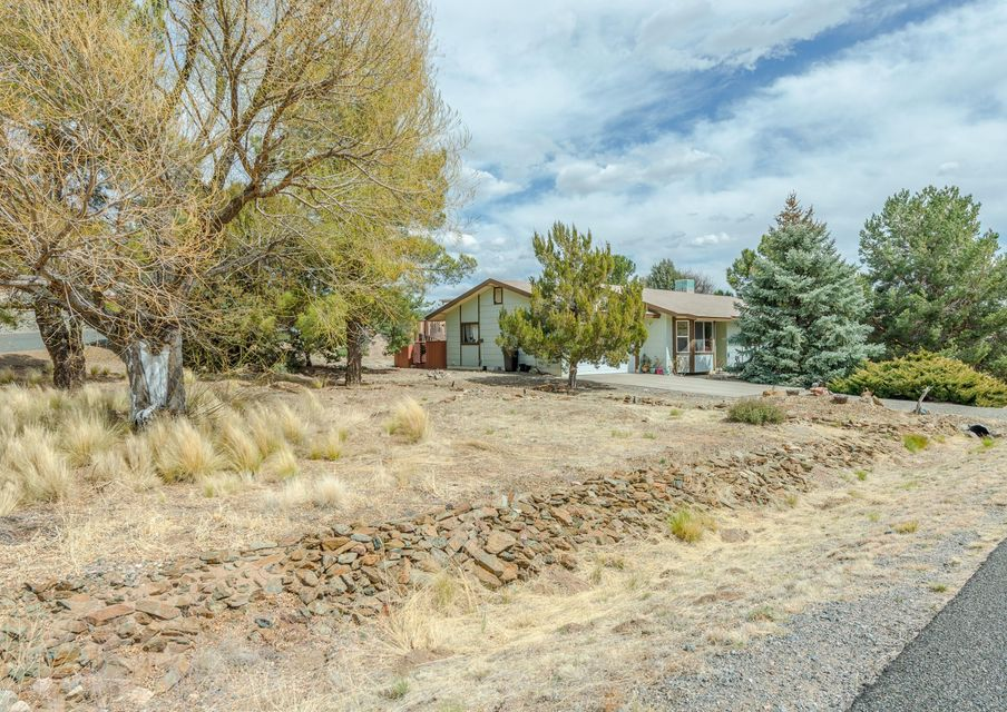 11750 Deer Trail Lane Dewey-Humboldt, AZ 86327 - MLS #: 1010610