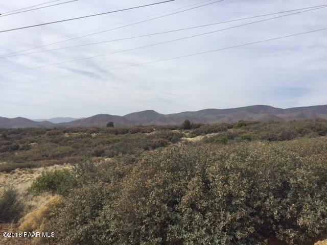 7250 S Thoroughbred Lane Mayer, AZ 86333 - MLS #: 1010618