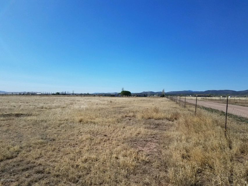24925 N Sun Hawk Road Paulden, AZ 86334 - MLS #: 1011166