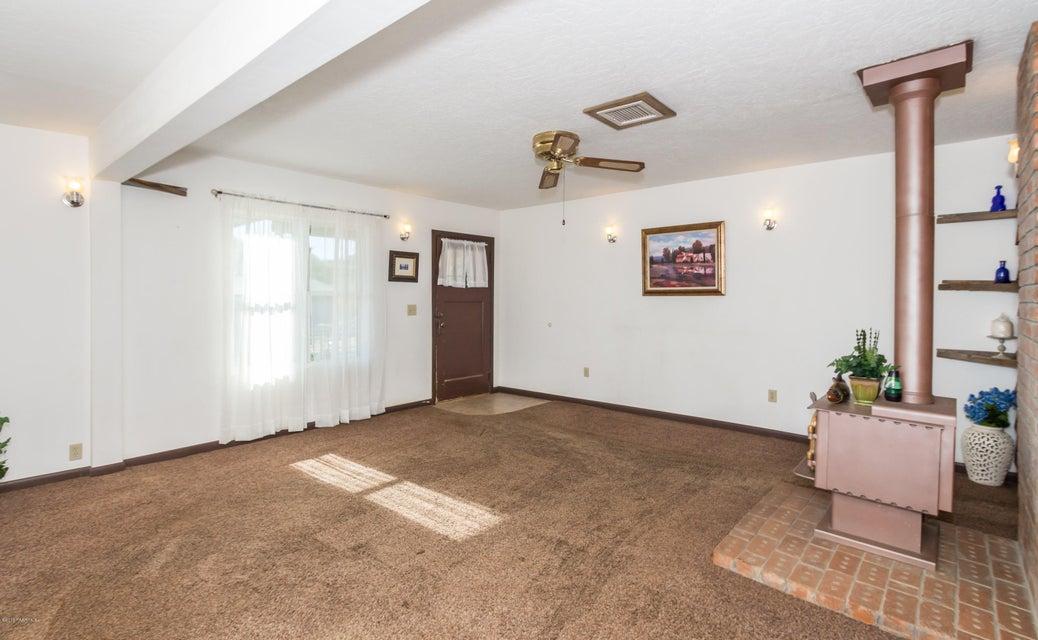 13303 E Central Avenue Mayer, AZ 86333 - MLS #: 1011786