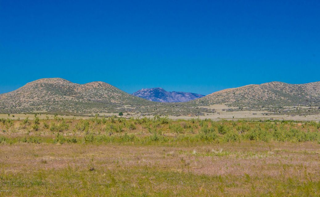 One of Prescott Valley Homes for Sale at 3d4  Bareback Road