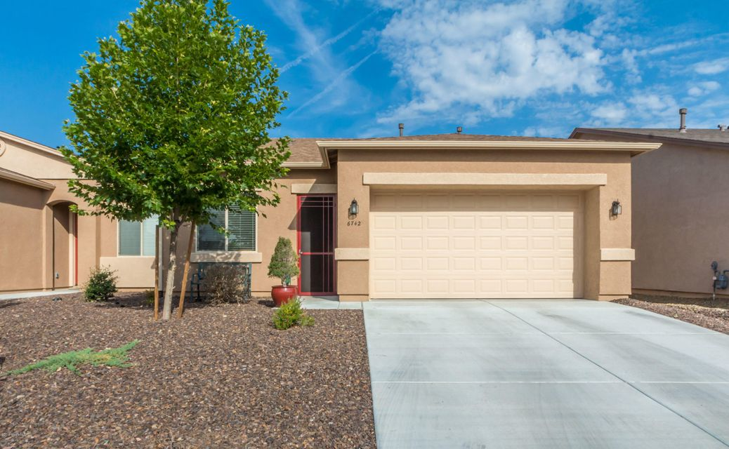 6742 E Hetley Place, Prescott Valley in Yavapai County, AZ 86314 Home for Sale