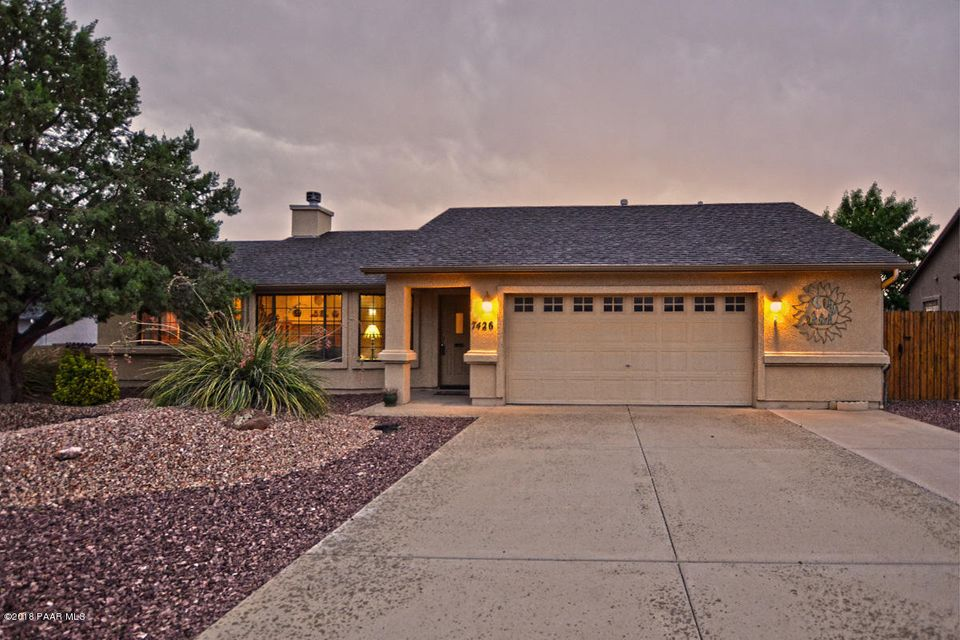 One of Prescott Valley 3 Bedroom Homes for Sale at 7426 E Horizon Way