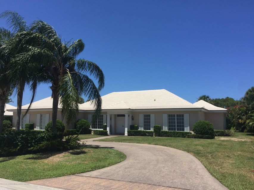 11330 Golfview Lane, North Palm Beach, FL 33408