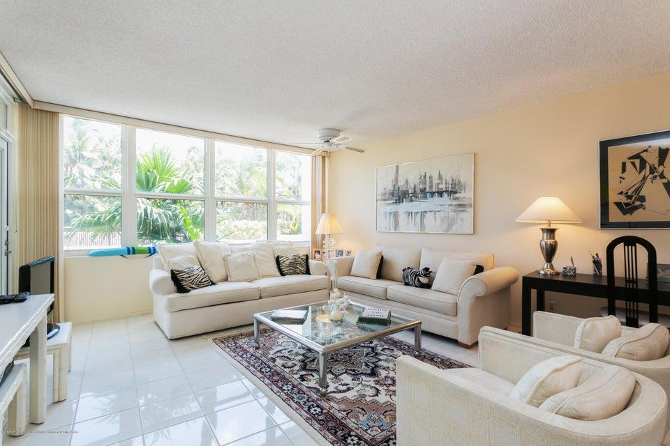 2295 S Ocean Boulevard 206, Palm Beach, FL 33480