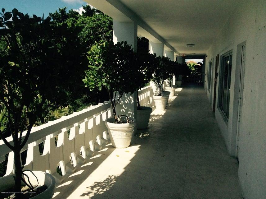 300 S Ocean Boulevard 3-G, Palm Beach, FL 33480