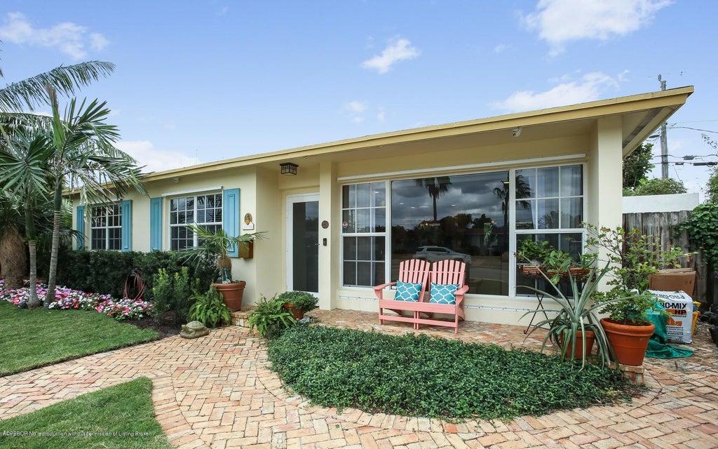 228 Gregory Place, West Palm Beach, FL 33405