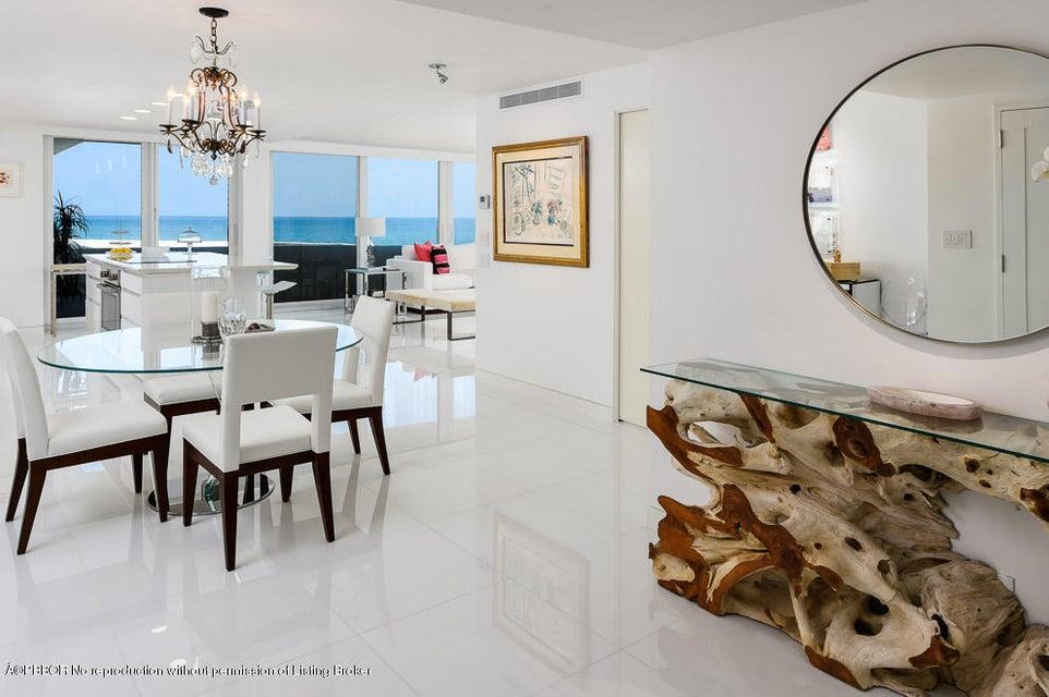100 Sunrise Avenue 202, Palm Beach, FL 33480