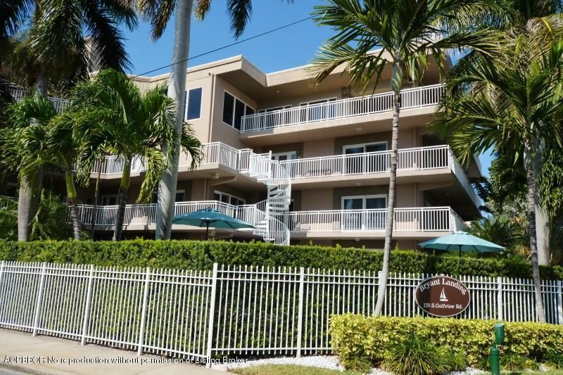 129 S Golfview Road 5, Lake Worth, FL 33460