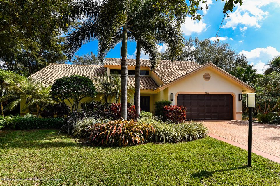 2877 Hampton Circle, Delray Beach, FL 33445
