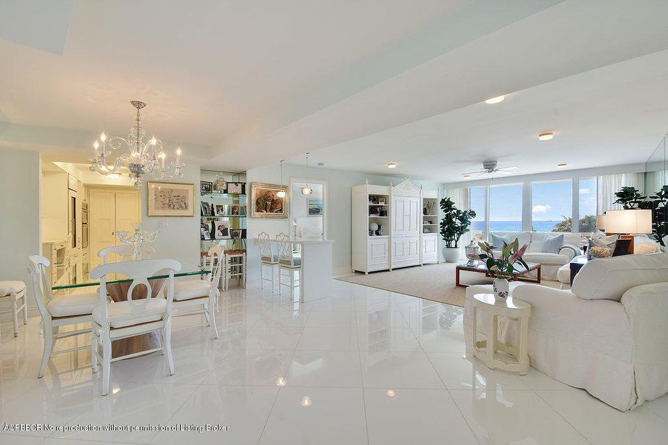 100 Sunrise Avenue, 423 - Palm Beach, Florida